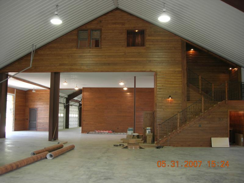 Cross creek construction design picture gallery for Steel building with loft